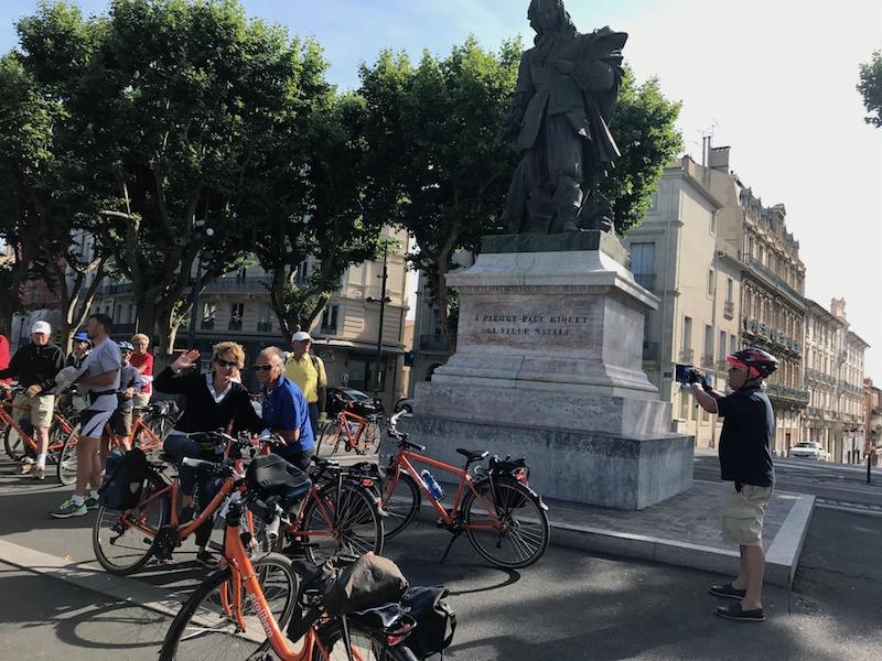 BeziersPiazza principale con la statua di Riquet