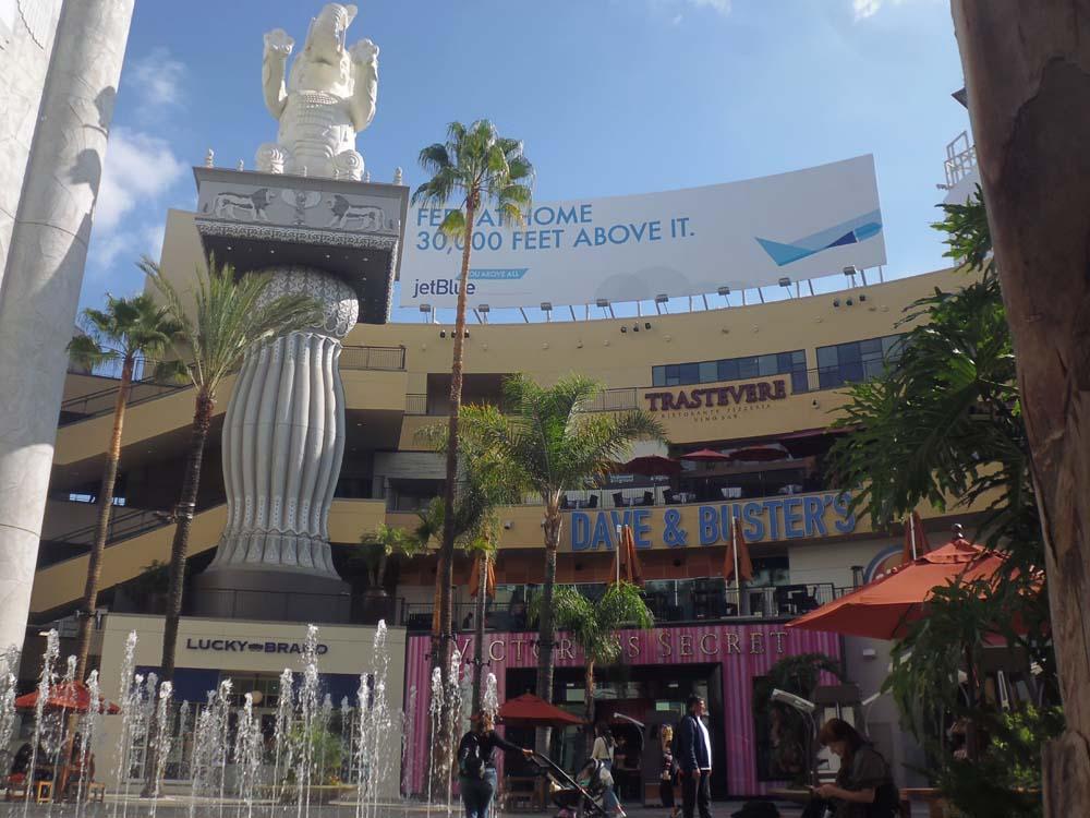 Hollywood boulevard3