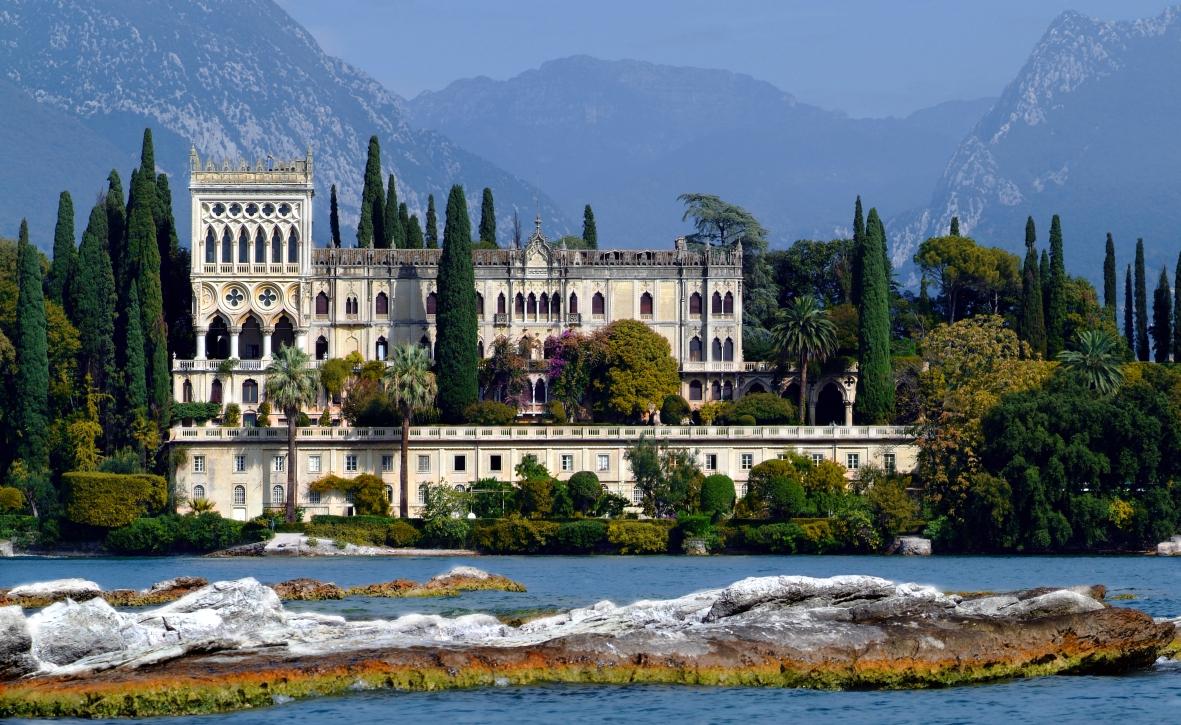 Villa-Borghese-Cavazza-a-Isola-del-Garda