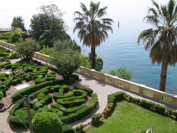 giardino_isola_del_garda_101217034214