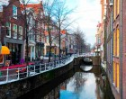 Low_Netherlands-delft-canal_Foto di ©skyscanner.it