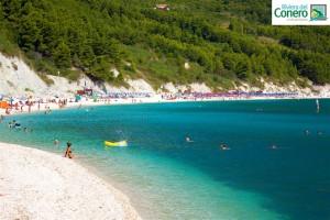 riviera-del-conero_sirolo_spiaggia-san-michele