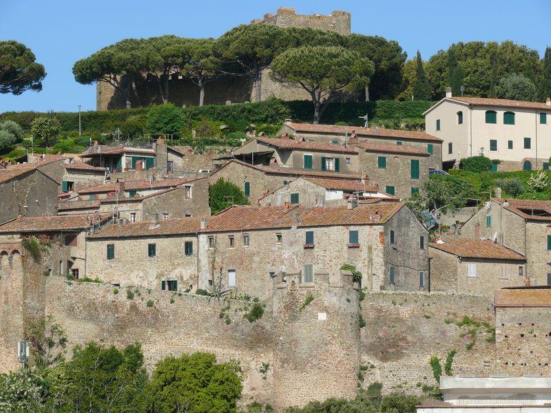 Castiglione_borgo