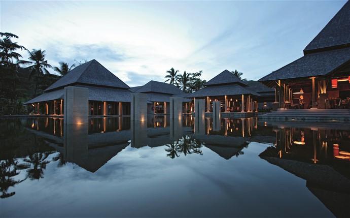 ephelia-seychelle-architecture-main-building-3