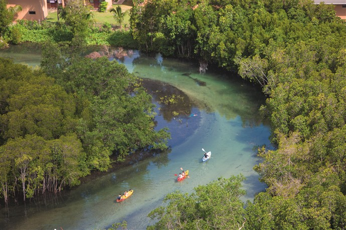 ephelia-seychelles-kayak-group-incentive-activity-1