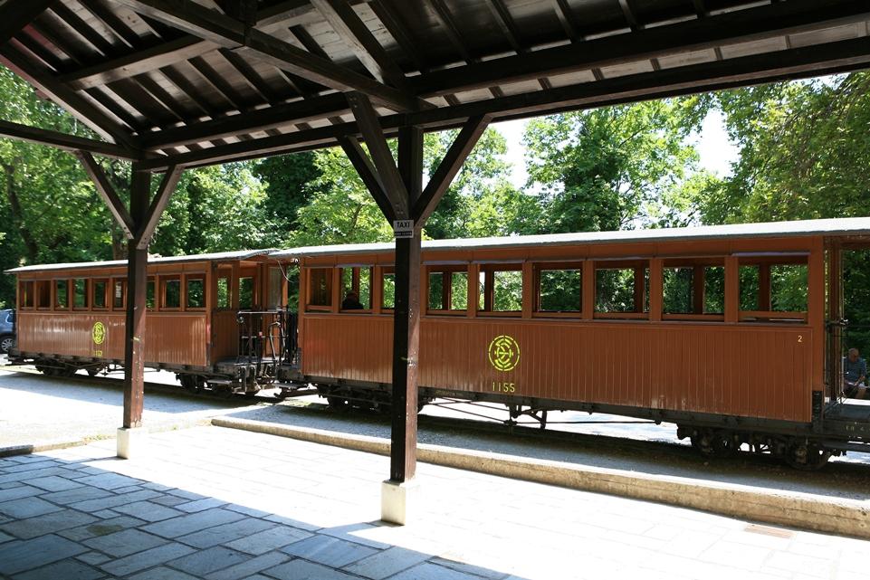 treno pilon vagoni