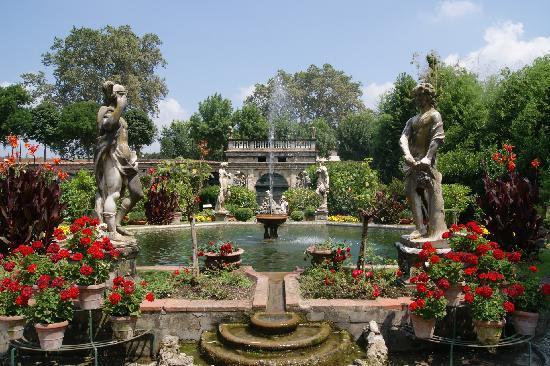 palazzo-pfanner-gardens