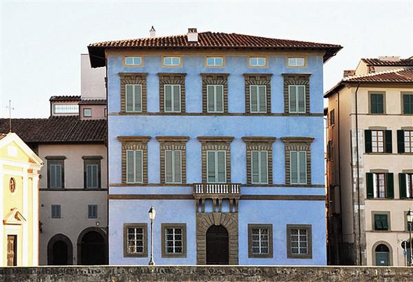 Pisa, Palazzo Blu, esterno