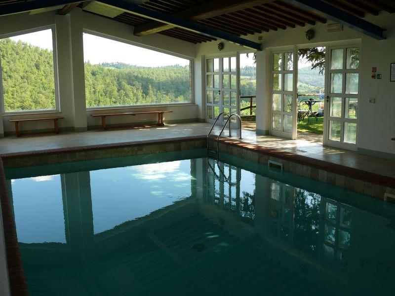 CastellodiSpaltenna_piscina