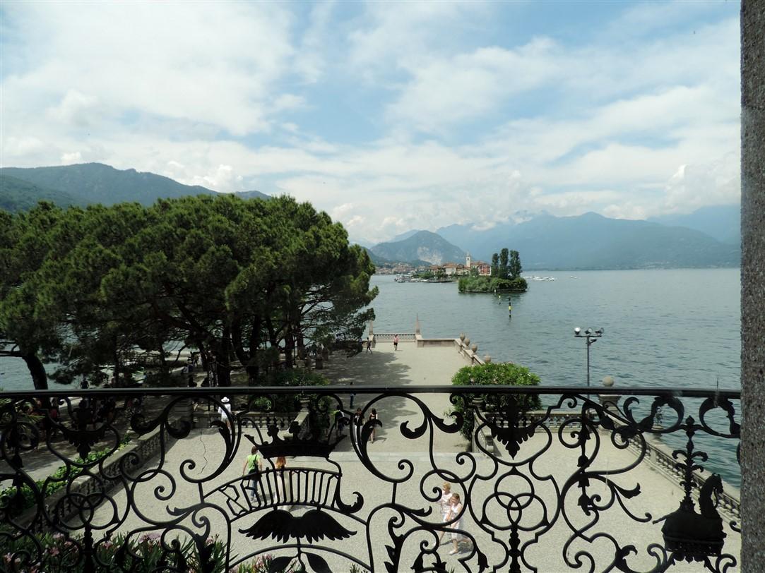 Sul Lago Maggiore di sponda in sponda