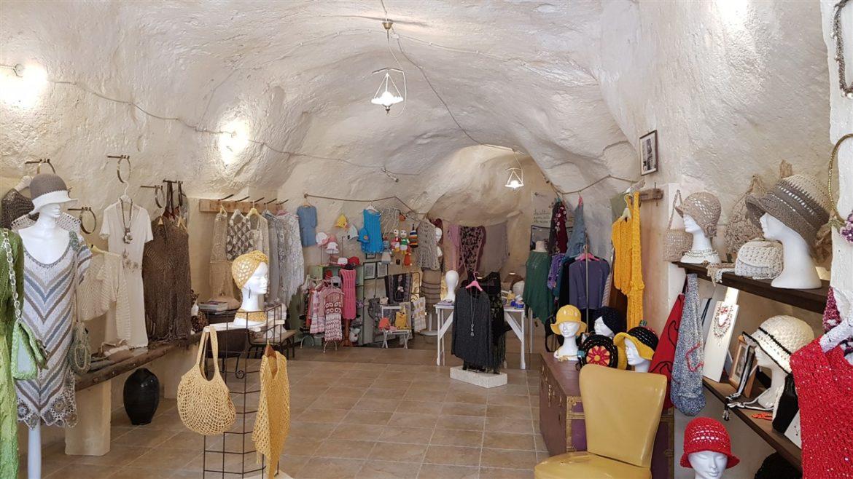 Borgo Valle Rita in una zona verdissima tra Puglia e Basilicata. Una struttura dove relax e gastronomia sono vincenti. A pochi km da Matera capitale europea della cultura