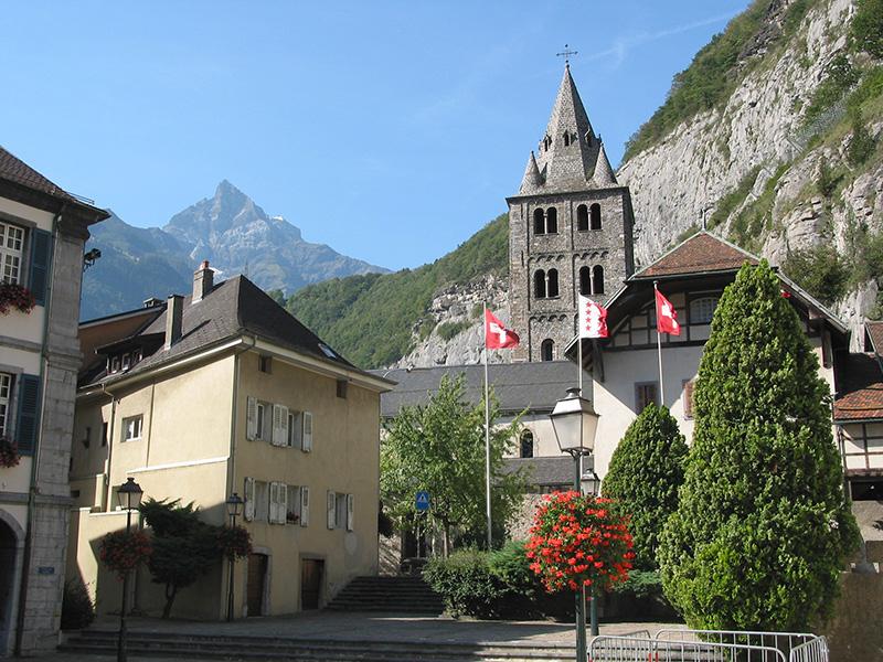 Vallese svizzero: un'estate tra le cime