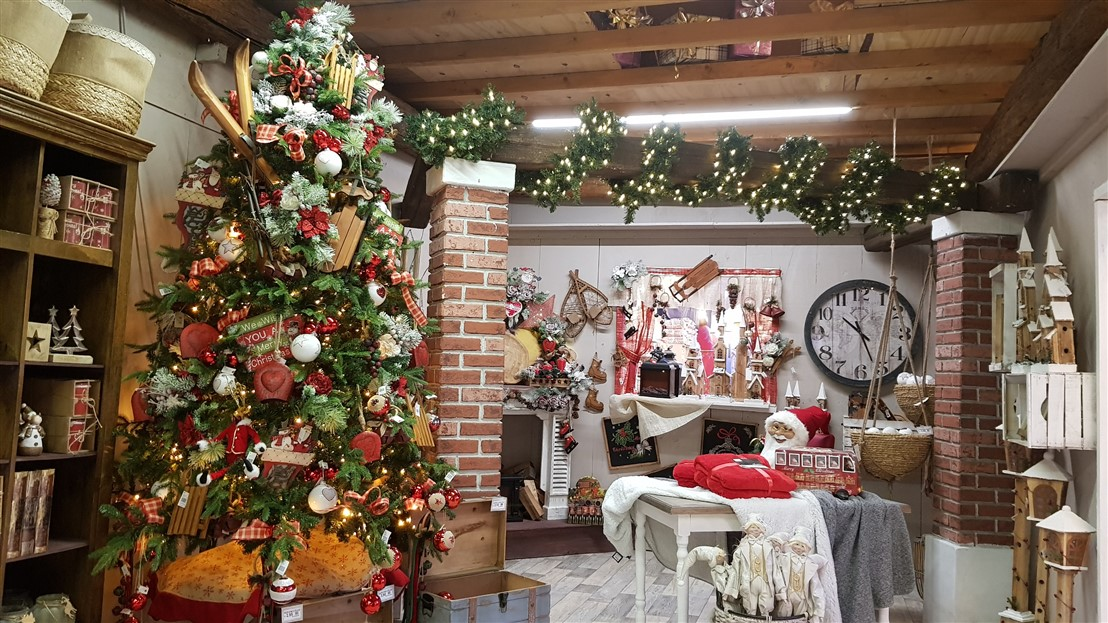 Sotto un cielo di stelle riparte la magica avventura del Mercatino di Natale del Centro Verde Caravaggio con il presepe in movimento della famiglia Gualtieri