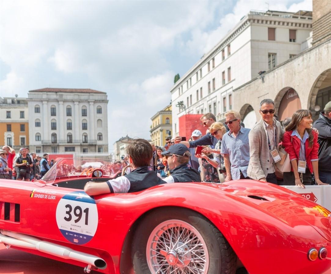 La provincia di Brescia fra sport e gusto: il Festival Franciacorta in Cantina, la 1000 Miglia. Scoprire il fascino della città, del lago di Garda e della Franciacorta.
